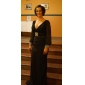 Formal Evening/Military Ball Dress - Black Plus Sizes Trumpet/Mermaid V-neck Sweep/Brush Train Chiffon