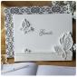 papillon thème mariage livre d'or en blanc signe de résine dans le livre