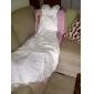Trumpet/Mermaid Plus Sizes Wedding Dress - Champagne Court Train Straps Lace/Chiffon