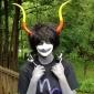 Cosplay Peruker Blue Exorcist Juzo Shima Svart Kort Animé Cosplay Peruker 30 CM Värmebeständigt Fiber Man