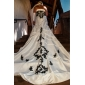 Trumpet/Mermaid Wedding Dress - Ivory Chapel Train Strapless Taffeta