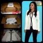 la oficina de la mujer equipado chaqueta blanco y negro