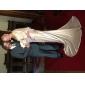 Trompetă / Sirenă Gât V Mătura / Trenă Satin Stretch Seară Formală Rochie cu Detalii Cristal de TS Couture®
